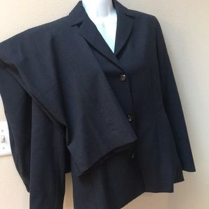 NWOT Italian wool pant suit charcoal gray 6